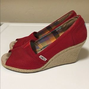 Toms Red Canvas Wedges Shoes 7.5